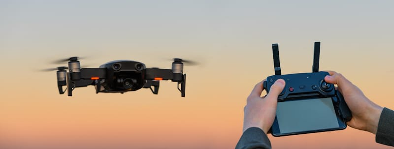 hybrid drone controller and drone hovering
