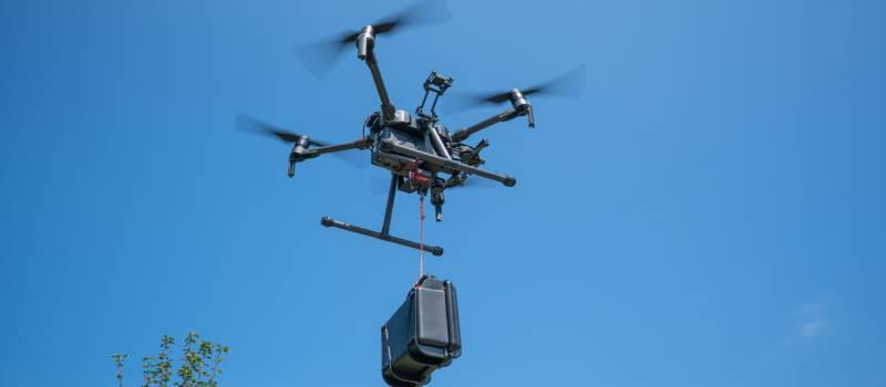 dronedroppingcase
